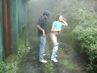 Cora, la esclava videos xxyyxx en español latino que conocí en Internet.