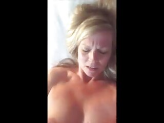 Erica Cherry quiere fumar, español latino porno 1080p