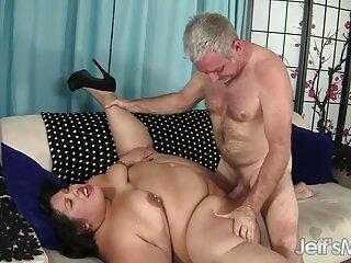 Latina porno español y latino secuencia Lizzie aspiradora culo adolescente