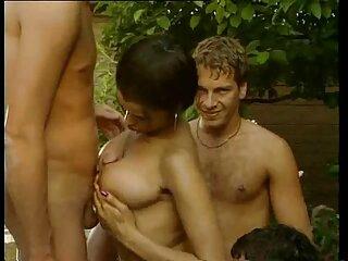 Sólo porno latino completo en la piscina-tetas grandes