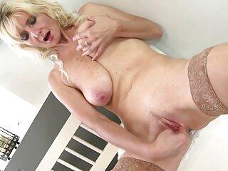 Chirrido perfecto ano porno en idioma español latino