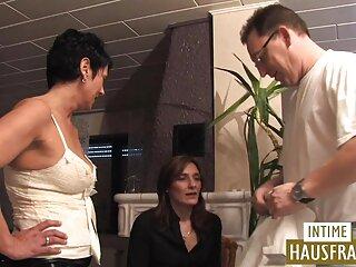 Hermosa Ginebra tiene sexo, sexo xxx en español latino chupa muy duro, jugando con el ano.