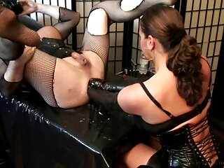Haley Reed regresa esta vez toro porno latino con dos grandes pollas negras HD.