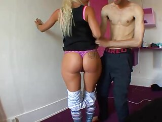 Sexy nikki videos porno gratis español latino volvió